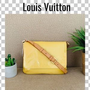 Louis Vuitton Crossbody bag thompson street vernis
